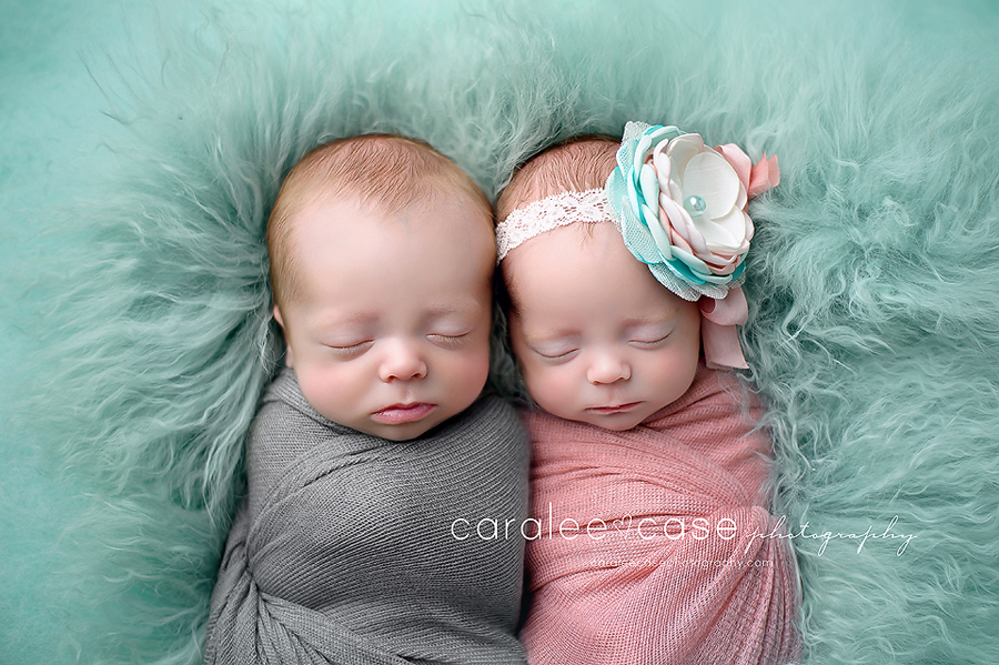 Idaho falls id twin newborn infant baby photographer caralee case photography