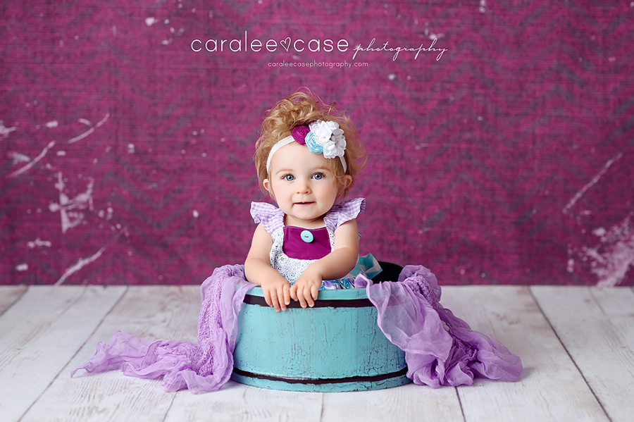 Blackfoot, ID Baby Child Birthday Cake smash photographer ~ Caralee Case Photography