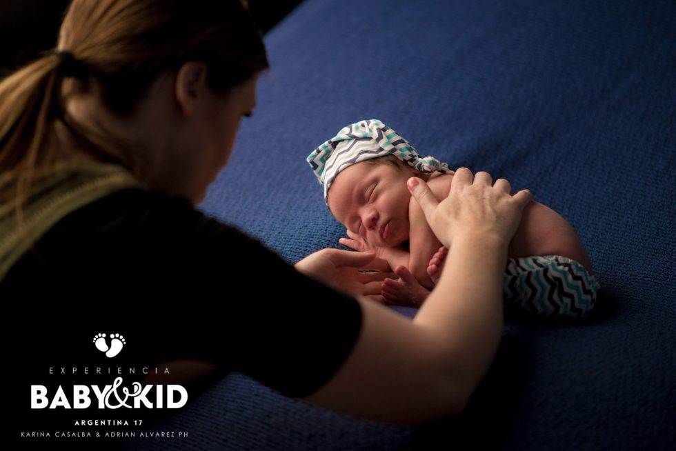 Caralee Case Photography Workshops Mentoring Learning Newborn posing and lighting
