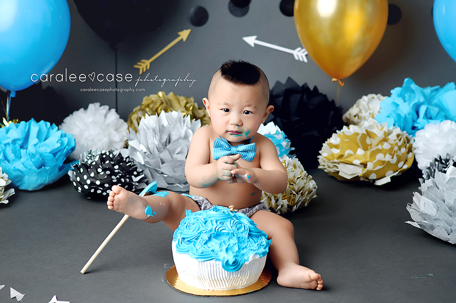 Pocatello Idaho Child Baby Cake Smash Birthday Studio Photographer ~ Caralee Case Photography